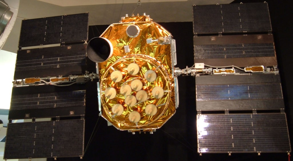 A GPS satellite on display at the San Diego Aerospace Museum. Dozens of these satellites circle overhead. Each orbits Earth at 3.9 kilometers per second. Image Credit: ESA